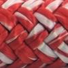 Une photo d'un cordage blanc et rouge